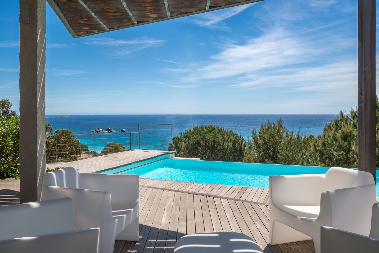 For sale in palombaggia villa with magnificent sea view for Achat maison corse du sud