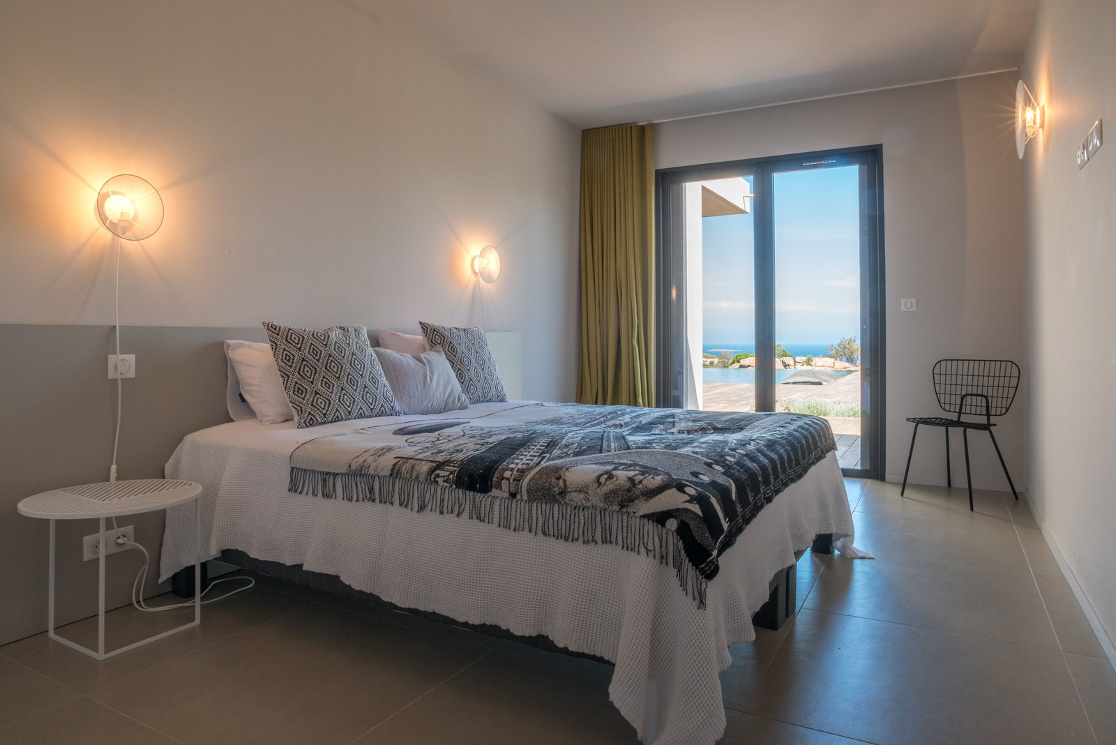 santa giulia beach sea view villa for sale in porto vecchio. Black Bedroom Furniture Sets. Home Design Ideas