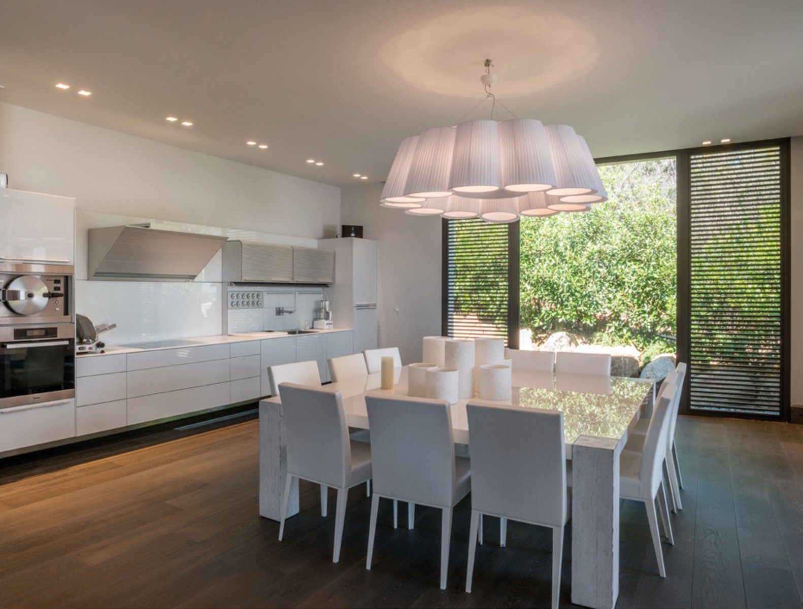 Corsica punta d 39 oro exceptional property feet in the for Cuisine et salle a manger